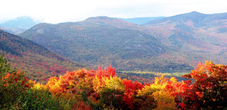 Fall Foliage Trains of New England